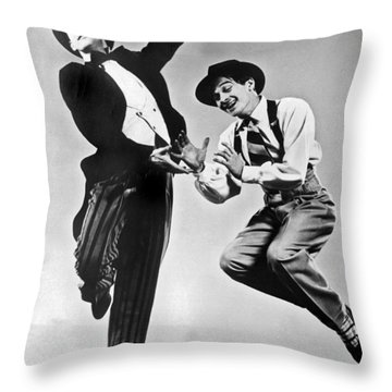 American Ballet Dancers Throw Pillow by Underwood Archives