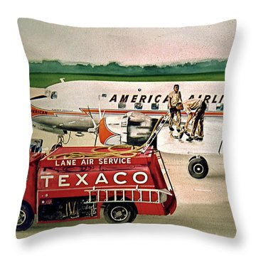 American Dc-6 At Columbus Throw Pillow