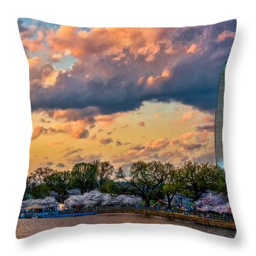 An Evening In Dc Throw Pillow by Christopher Holmes