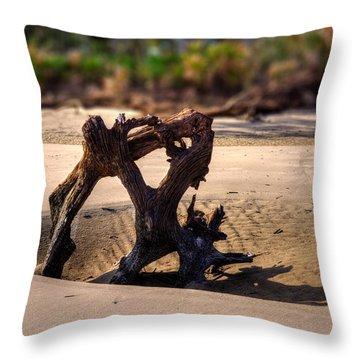 Anchor Driftwood On Jekyll Island Throw Pillow