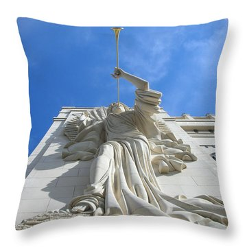Angels  2920 Throw Pillow
