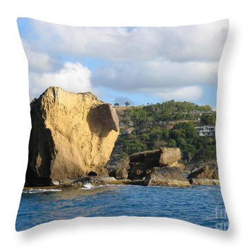 Antigua - Aliens Throw Pillow