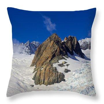 Aoraki Mount Cook Throw Pillow
