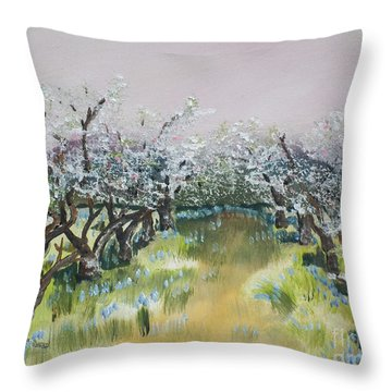 Apple Blossoms In Ellijay -apple Trees - Blooming Throw Pillow