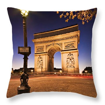 Arc De Triomphe At Night / Paris Throw Pillow