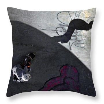 Ashbridges Bay Skate Park Throw Pillow