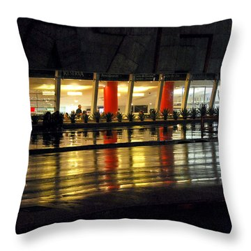 Avenida Paulista - Reserva Cultural Throw Pillow