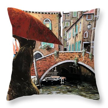 Baci Tra Le Calli Throw Pillow