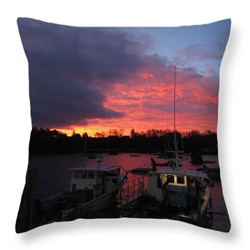 Baiting Up At Glen's Lobster Throw Pillow