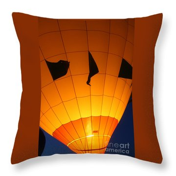 Ballon-glowyellow-7703 Throw Pillow by Gary Gingrich Galleries
