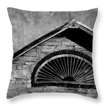 Barn Detail - Black And White Throw Pillow
