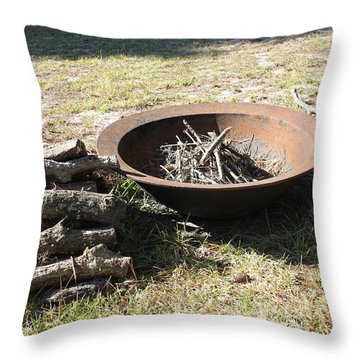 Throw Pillow featuring the photograph Basin by Lorna Maza