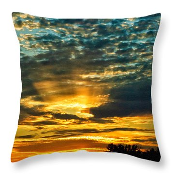 Beautiful Gulf Of Mexico Sunset Throw Pillow