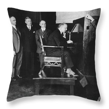 Bell Labs Talks To Hoover Throw Pillow
