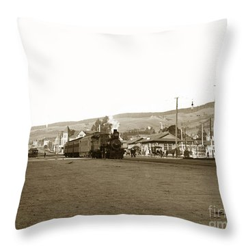 Berkeley California Train Station Circa 1902 Throw Pillow