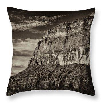Big Bend Cliffs Throw Pillow