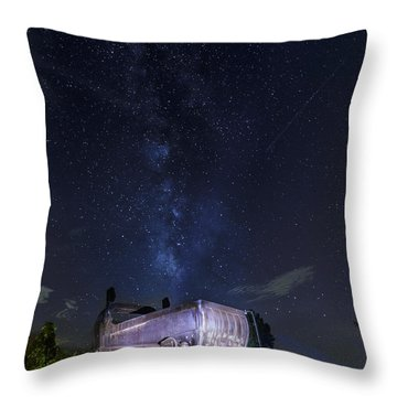 Big Muskie Bucket Milky Way And A Shooting Star Throw Pillow