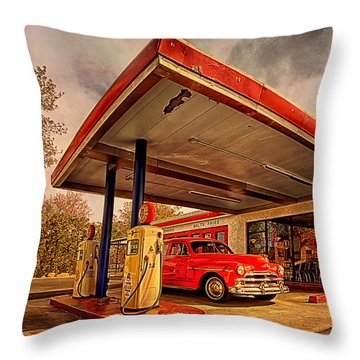 Bings Burger Station In Historic Old Town Cottonwood Arizona Throw Pillow by Priscilla Burgers