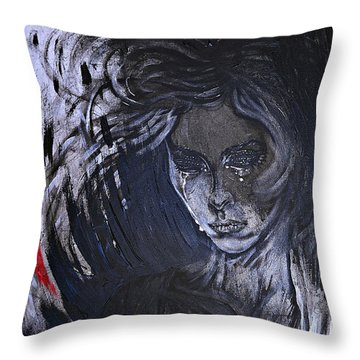 black portrait 16 Juliette Throw Pillow