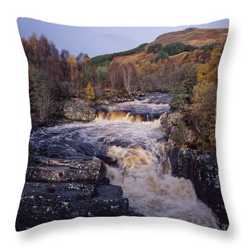 Blackwater Falls - Scotland Throw Pillow
