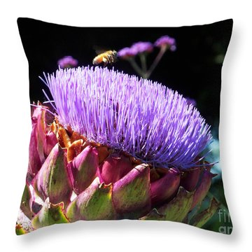 Blooming 'choke Throw Pillow