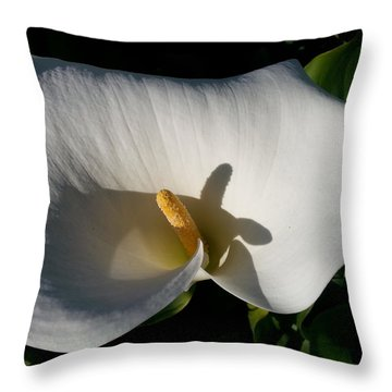 Blooming Lily Of San Francisco Throw Pillow