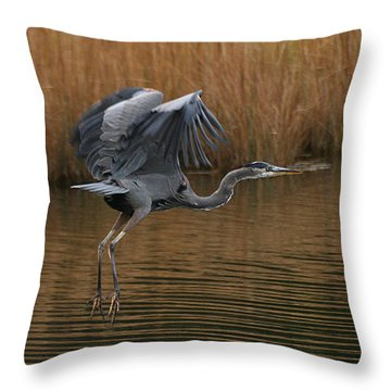 Throw Pillow featuring the photograph Blue Heron Takes Flight by William Selander