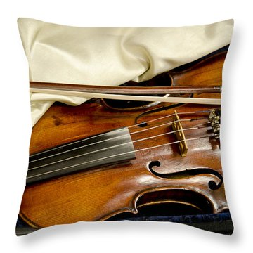 Bluegrass Magic Throw Pillow by Wilma  Birdwell