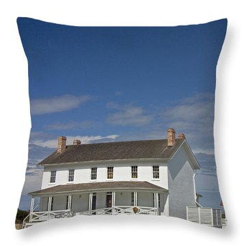 Throw Pillow featuring the photograph Bodie Lighthouse Obx by Greg Reed
