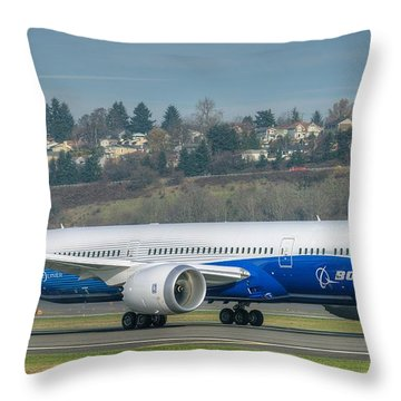 Boeing 787-9 Takeoff Throw Pillow
