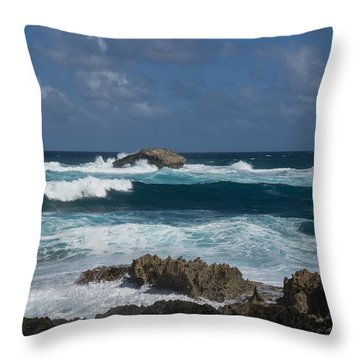 Boiling The Ocean At Laie Point - North Shore - Oahu - Hawaii Throw Pillow