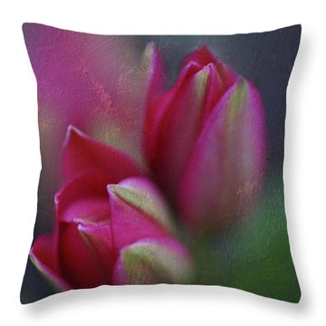 Botanic Throw Pillow