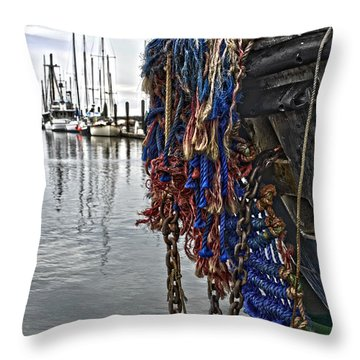 Bow Pudding Throw Pillow