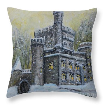 Brandeis University Castle Throw Pillow