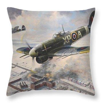 Breakout At Amiens Throw Pillow