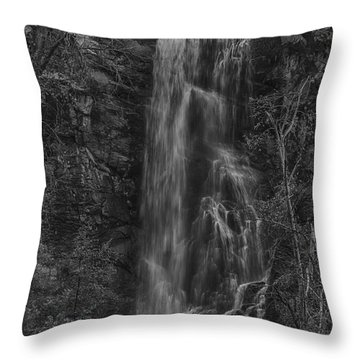 Bridal Veil Falls At Spearfish Canyon South Dakota Throw Pillow