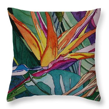 Brillant Bird Of Paradise Throw Pillow