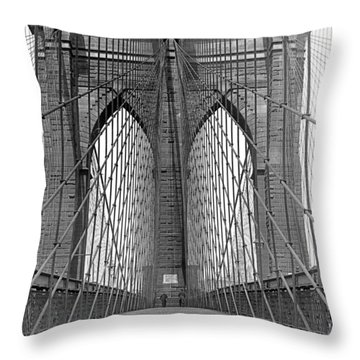 Brooklyn Bridge Promenade Throw Pillow