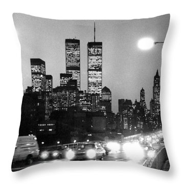 Brooklyn Bridge Traffic II Dusk 1980s Throw Pillow by Gary Eason