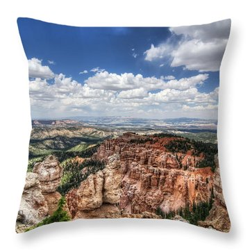 Throw Pillow featuring the photograph Bryce Point by Tammy Wetzel