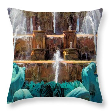Chicago Buckingham Fountain Closeup Throw Pillow