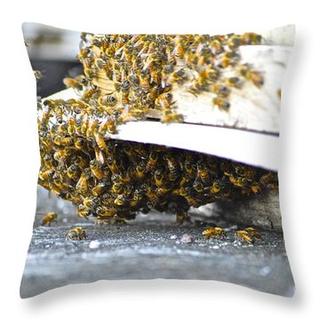 Throw Pillow featuring the painting Busy Bees by Laura Forde