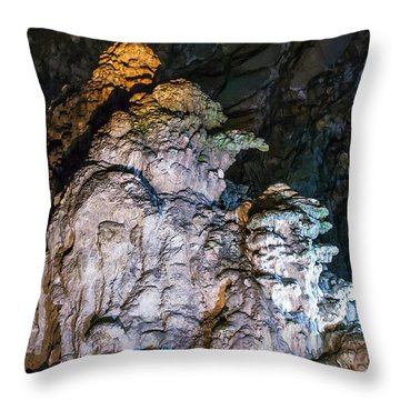 Cacahuamilpa 3 Throw Pillow