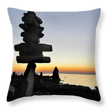 Cairns At Sunset At Door Bluff Headlands Throw Pillow