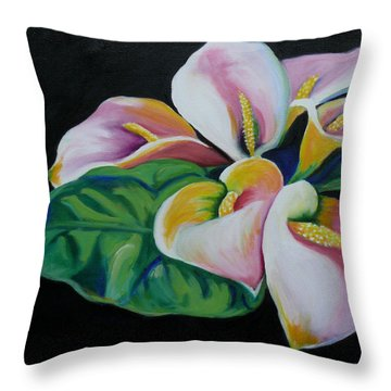 Callas Throw Pillow