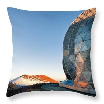 Throw Pillow featuring the photograph Caltech Submillimeter Observatory by Jim Thompson