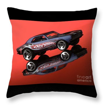 Camaro4-2 Throw Pillow by Gary Gingrich Galleries
