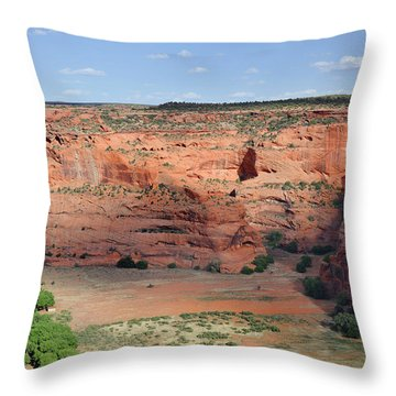 Canyon De Chelly Near White House Ruins Throw Pillow by Christine Till