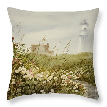 Cape Clover Throw Pillow