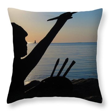 Capturing  New Castle Throw Pillow